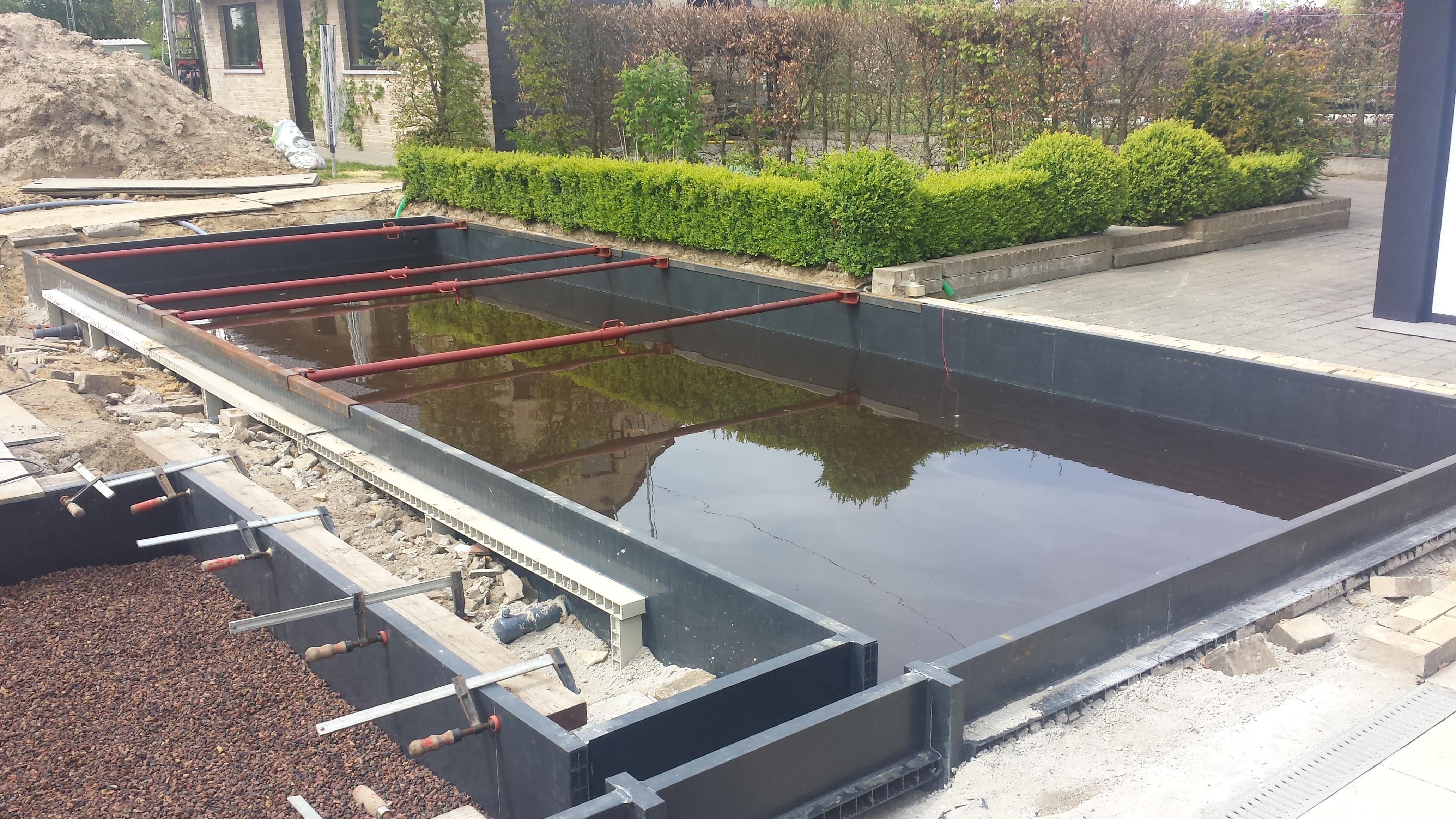 Zwembaden en vijvers paneltim for Biofilter for fish pond