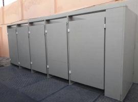 Toiletten van Paneltim kunststof panelen