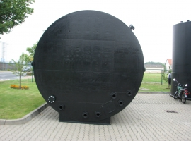 Round cover in Paneltim plastic sandwich panels
