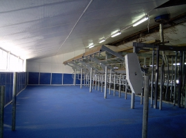 Milking station with Paneltim plastic sandwich panels
