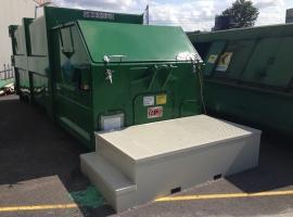 Paneltim kunststof sandwichpanelen als antisliptrap in containerpark