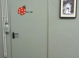 Paneltim kunststof binnendeur en wand