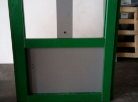 Sliding door for a liquid storage tank made from Paneltim plastic sandwich panels