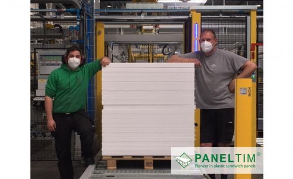 Ingebruikname nieuwe productielijn bij Paneltim