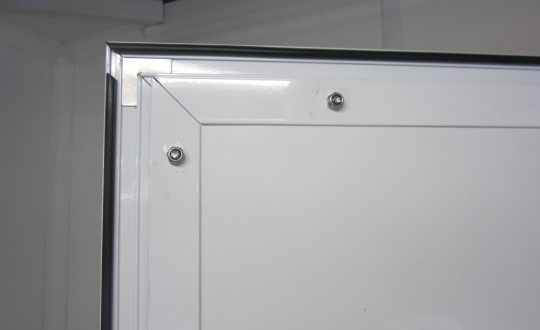 Door in in Paneltim plastic sandwich panels